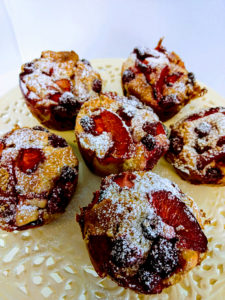 Summer fruits and white chocolate muffins